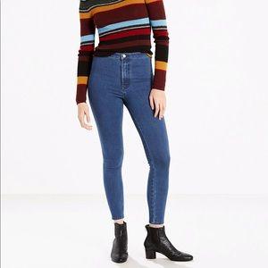 Levi's Runaround Super Skinny Women's Jeans